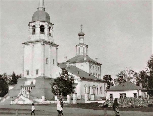 Исторический собор, позднее взорванный безбожной властью