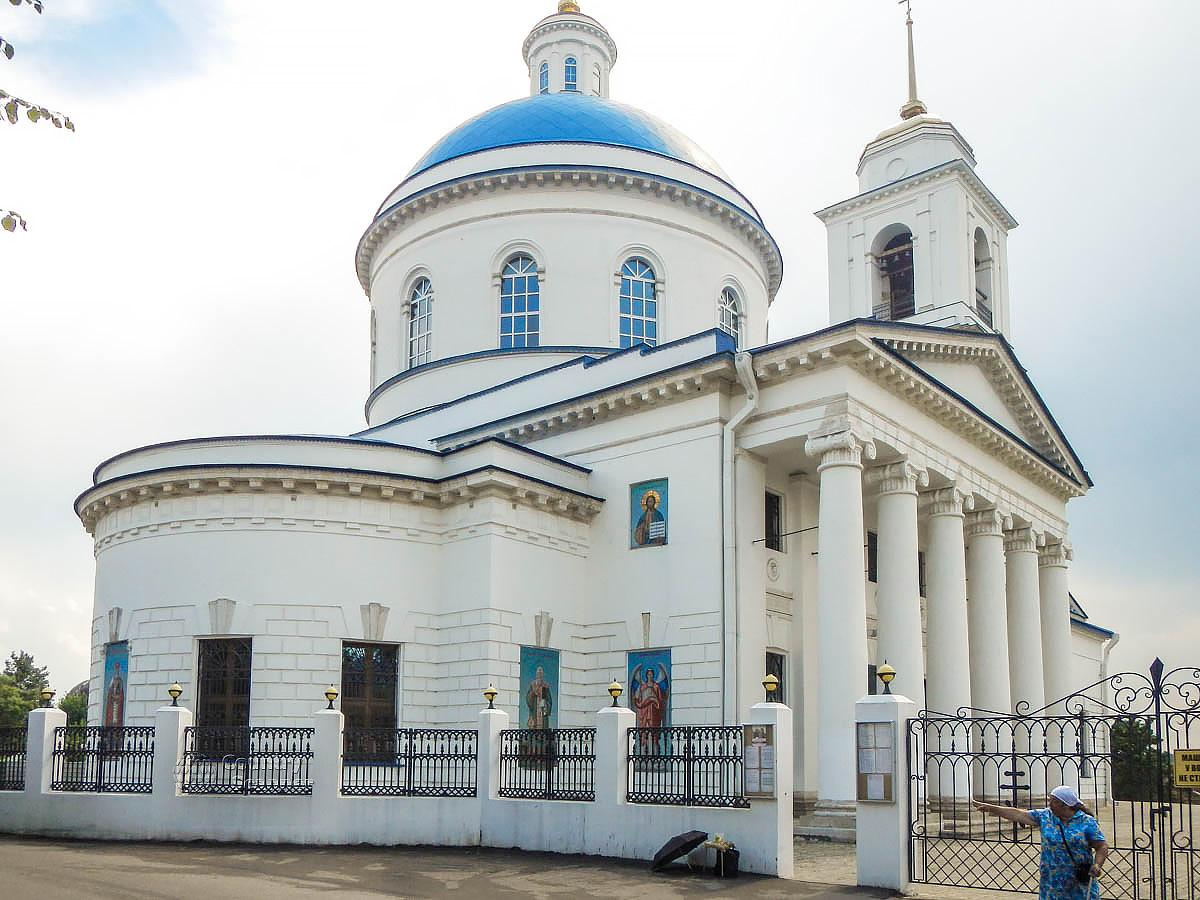 Собор Николы Белого на Калужской улице Серпухова