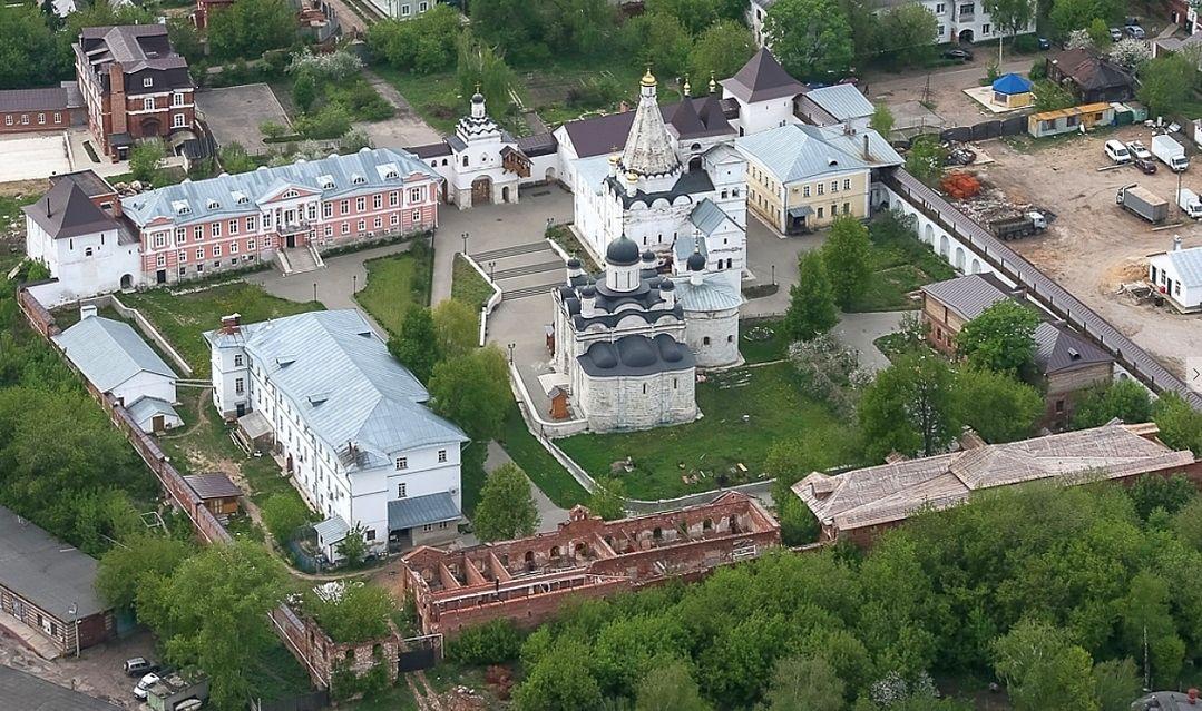 Монастырь Введения во храм Пресвятой Богородицы в Серпухове, он же Владычный