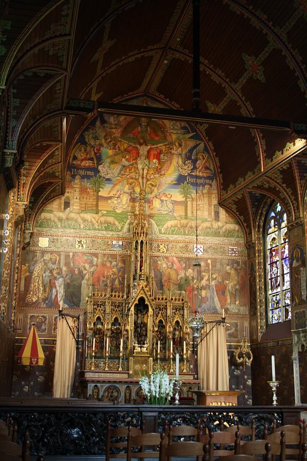 Верхняя церковь - капелла Святой Крови