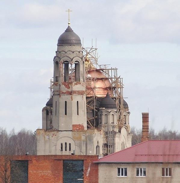 Восстановление покрытия главного купола храма.